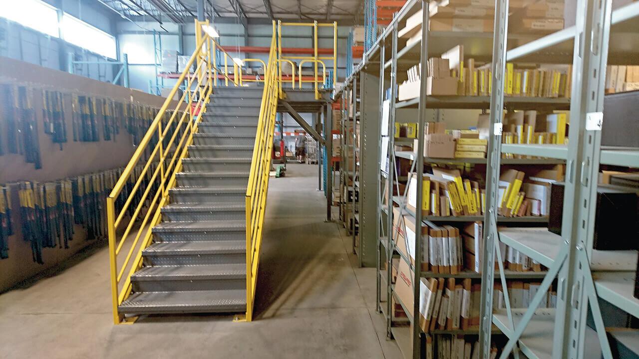 Freestanding metal mezzanine system | MSK Canada